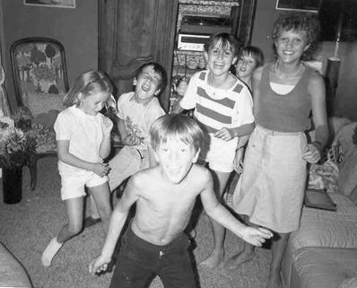 Cousins dance
