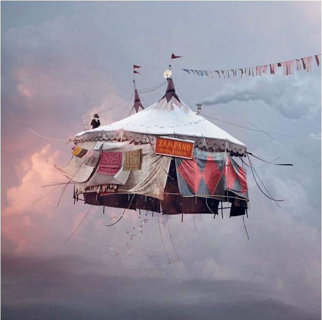 FlyingHouse1
