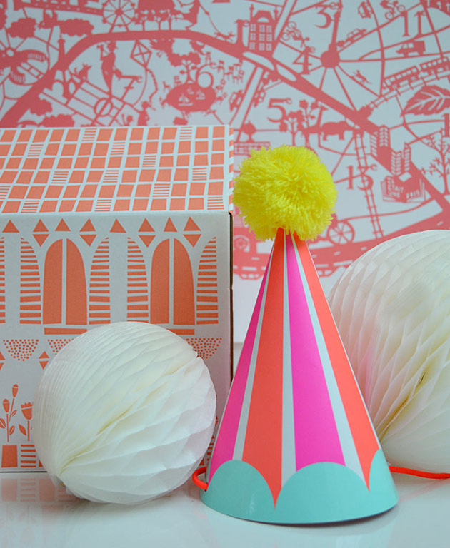 Party-Hat-&-Honeycombs-by-Famille-Summerbelle