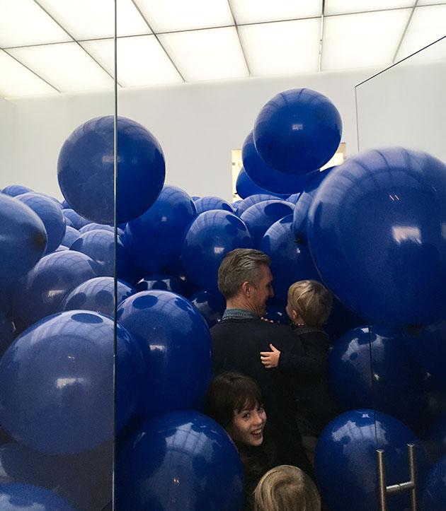 MartinCreed-balloons