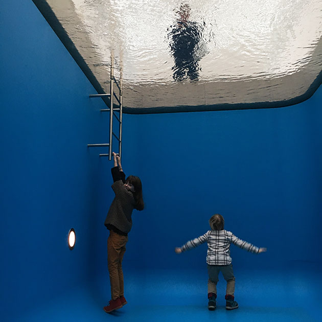 Leandro-Erlich-Swimming-Pool-2