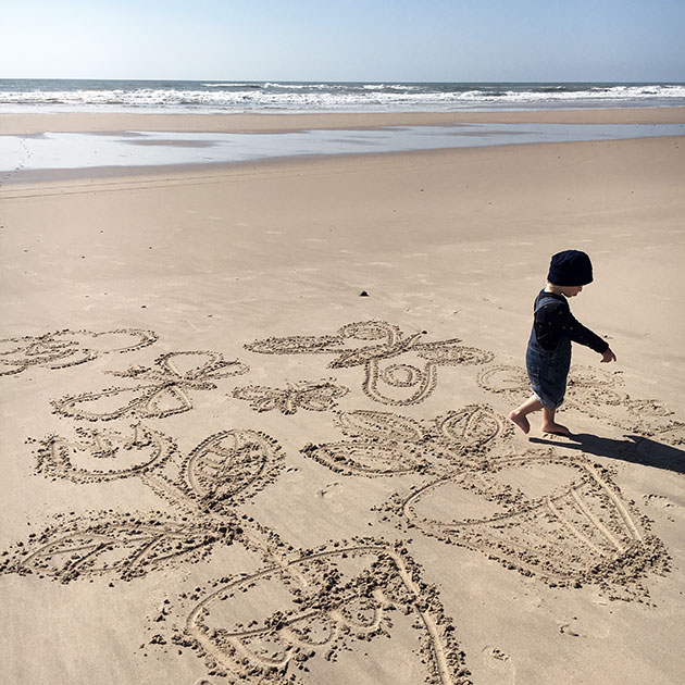 Sand-Drawings2
