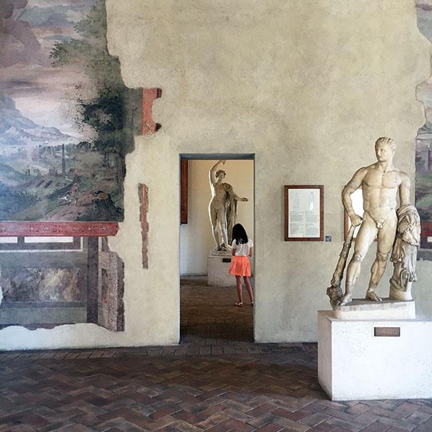Ophelia-sketching-Palazzo-Altemp-2