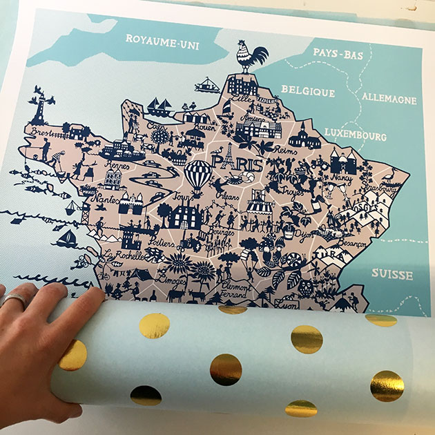 Wrapping-the-map-of-France