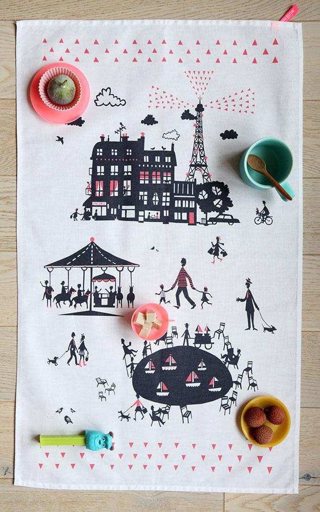 Un-Dimanche-A-Paris-Tea-Towel-by-Famille-Summerbelle