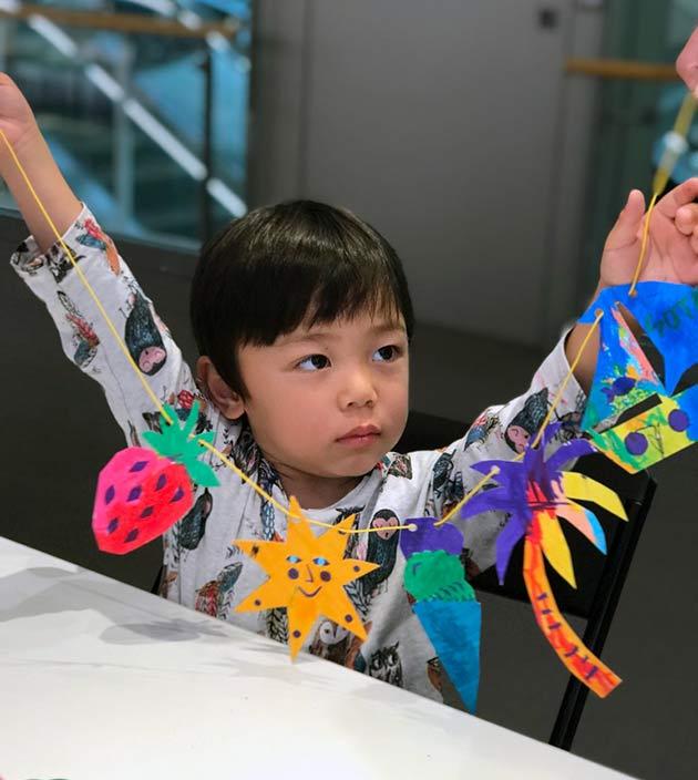 Paper-garland-workshop-by-Famille-Summerbelle-for-Bonton-Japan