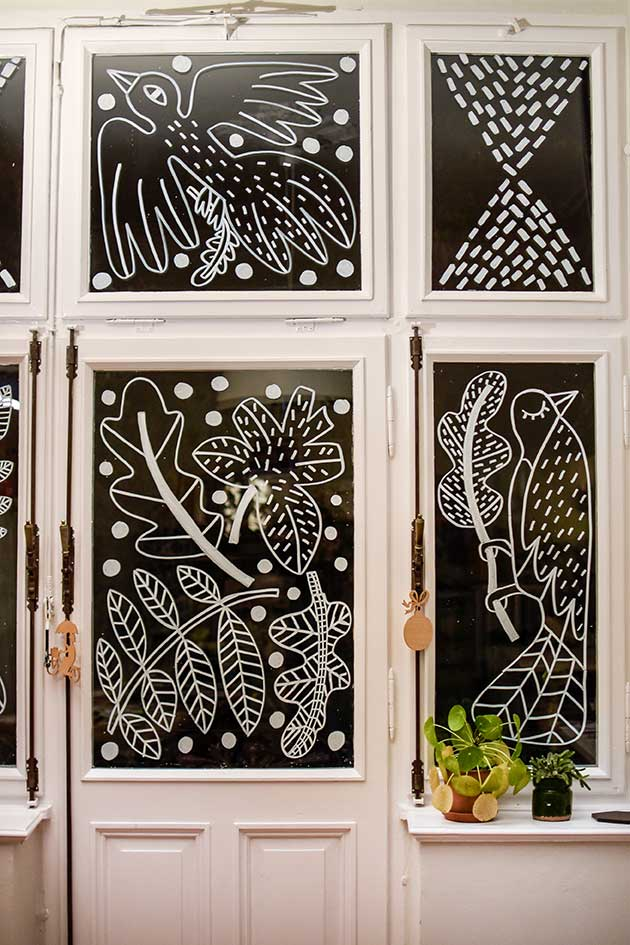 Window-Illustration-Julie-Marabelle-Studio-Outside-View