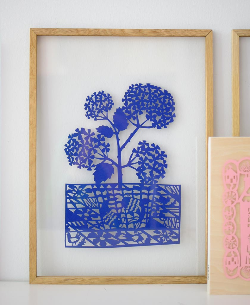 Pattern_Blue_Pot_frame